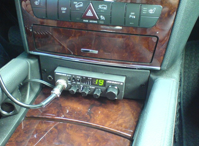 CB Radio w Mercedesie ML - SAXON
